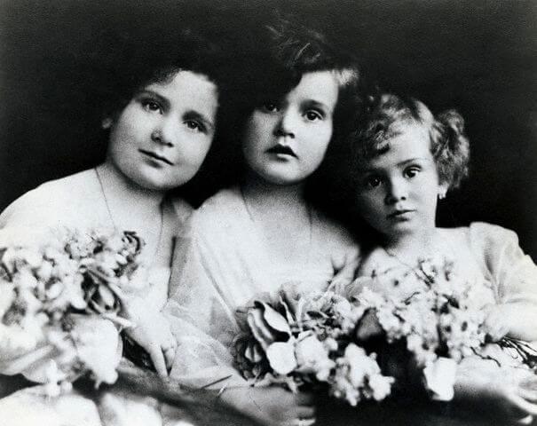 the-gabor-sisters-26098-94978.jpg