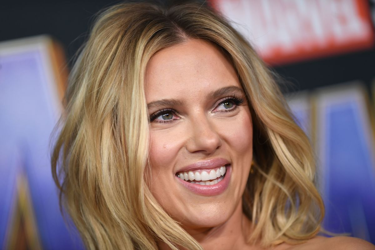 """US actress Scarlett Johansson arrives for the World premiere of Marvel Studios' """"Avengers: Endgame"""" at the Los Angeles Convention Center on April 22, 2019 in Los Angeles."""