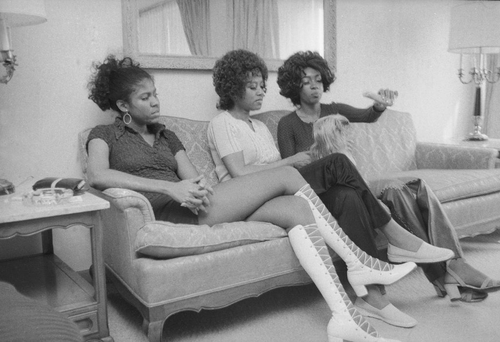 The Supremes with a dog -72553362