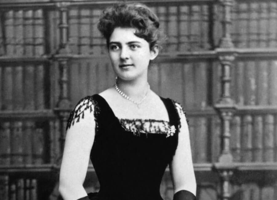 frances-folsom-cleveland-the-woman-that-popularized-the-term-first-lady.jpg